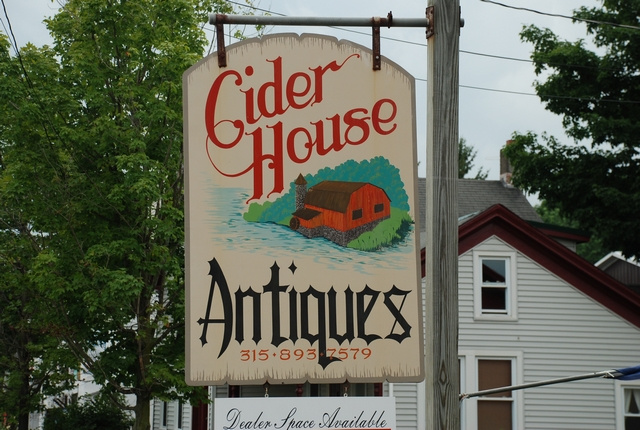 Click on picture to visit Cider House Antiques